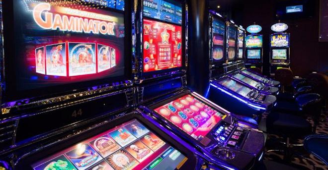 Как играть на автоматах в казино Русский Вулкан